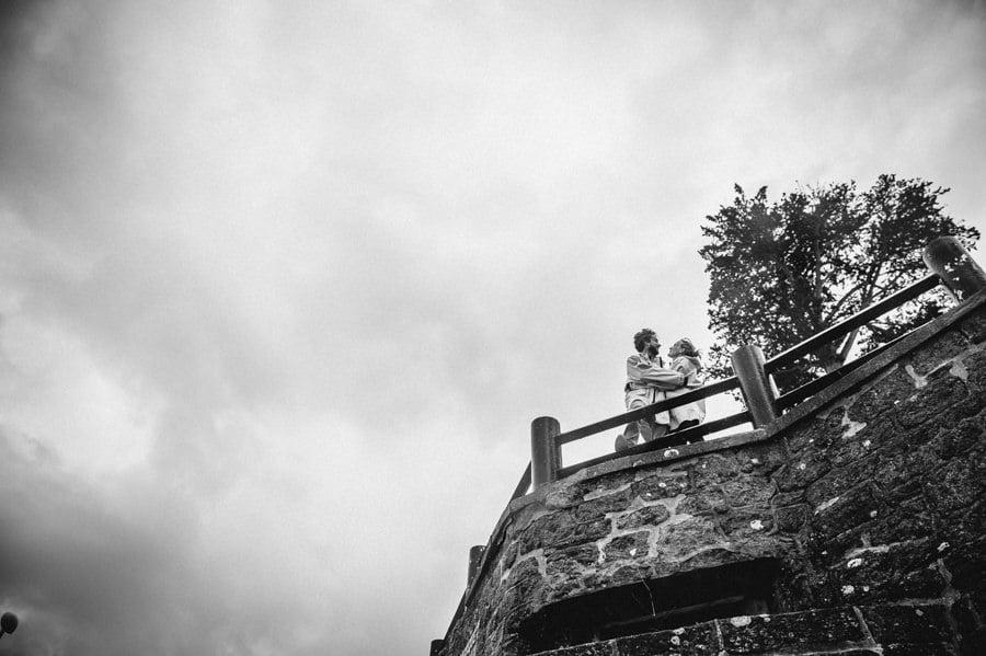 Séance engagement pluvieuse à St Lunaire CLAIRE-ET-BERTRAND-ENGAGEMENT-66