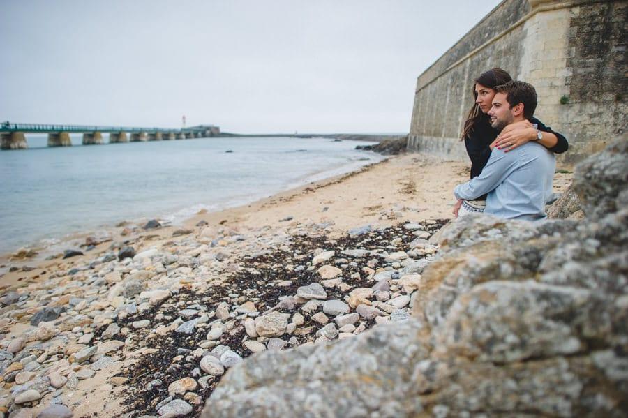 Photos de couple aux sables d'Olonne CHARLOTTE-ET-JULIEN-ENGAGEMENT-73