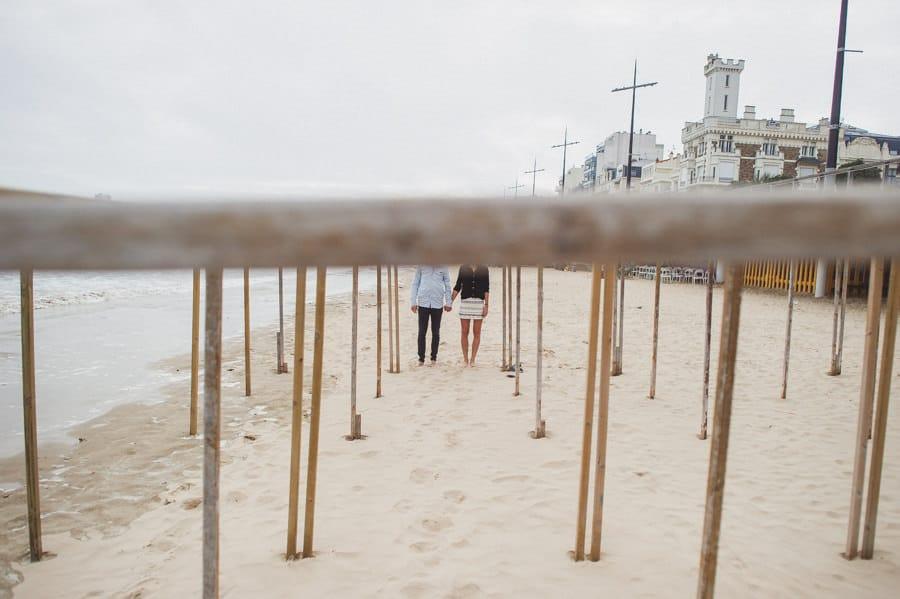 Photos de couple aux sables d'Olonne CHARLOTTE-ET-JULIEN-ENGAGEMENT-84