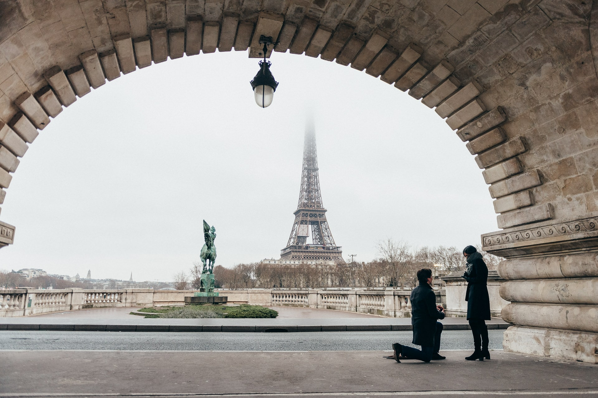 proposal in Paris - Wedding photographer France