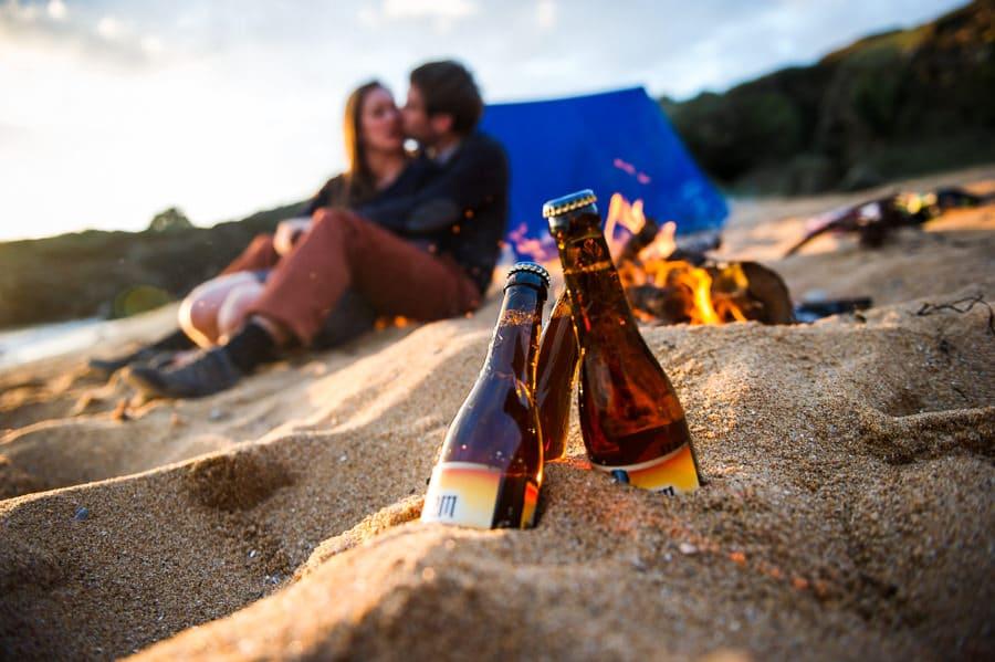 Séance couple au feu de camp sur la plage seance-couple-plage_photographe-mariage-nantes-bretagne-31