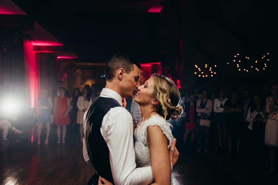Mariage au manoir de la Jahotière bon_photographe_mariage_rennes-stephane_leludec_manoir_de_la_jahotiere-111