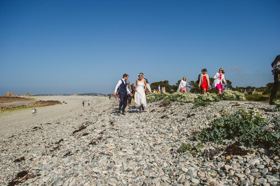 Un mariage sur une île privée en Bretagne PAULINE-ET-MAXIME-ENGAGEMENT-440