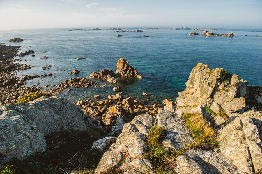 Un mariage sur une île privée en Bretagne PAULINE-ET-MAXIME-ENGAGEMENT-675