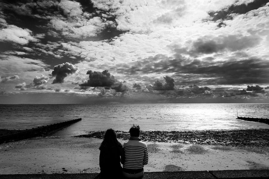 Séance couple au feu de camp sur la plage seance-couple-plage_photographe-mariage-nantes-bretagne-11