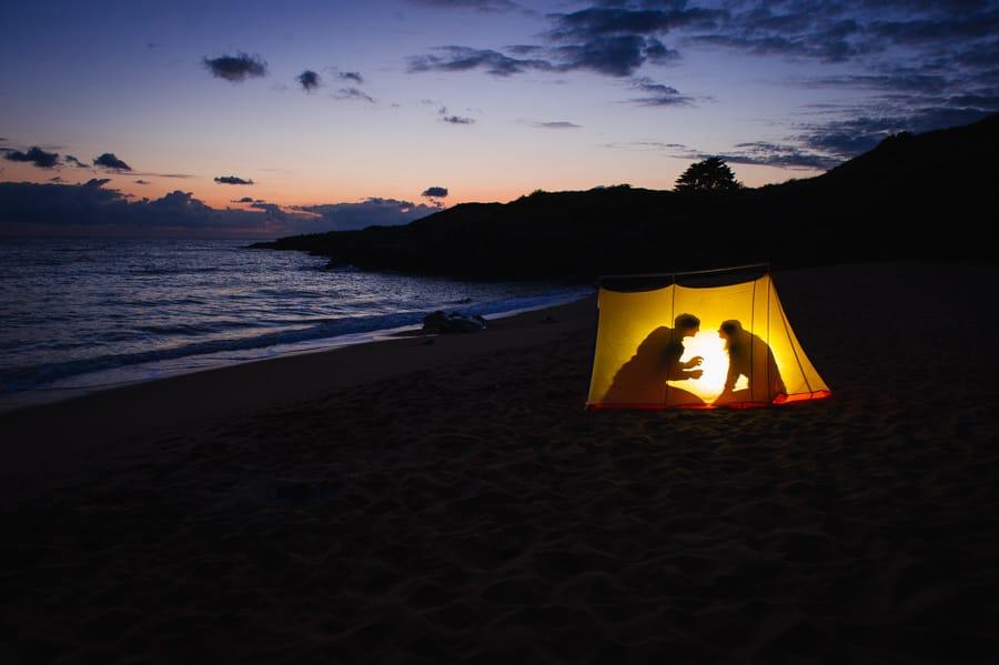 Séance couple au feu de camp sur la plage seance-couple-plage_photographe-mariage-nantes-bretagne-33