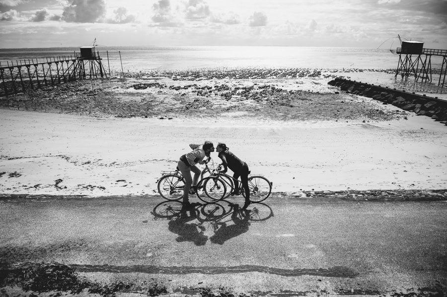 Séance couple au feu de camp sur la plage seance-couple-plage_photographe-mariage-nantes-bretagne-9