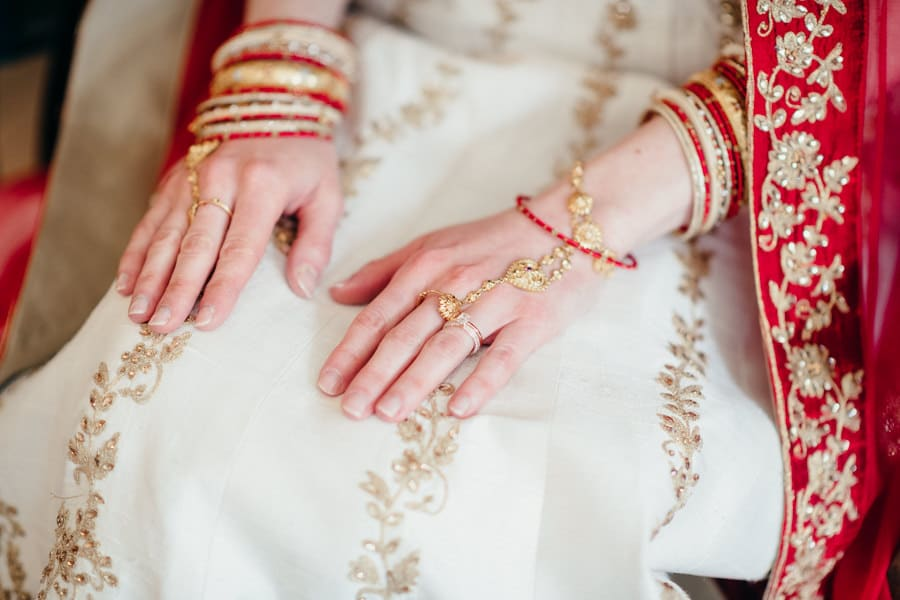 Un mariage hindou à Guérande MARINE-ET-SHRAWAN-CEREMONIE-14