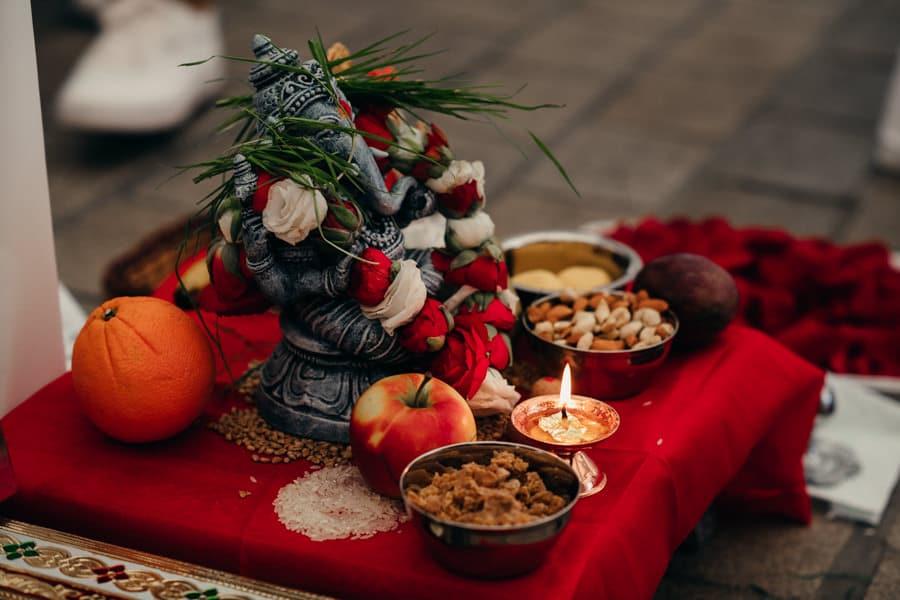Un mariage hindou à Guérande MARINE-ET-SHRAWAN-CEREMONIE-23