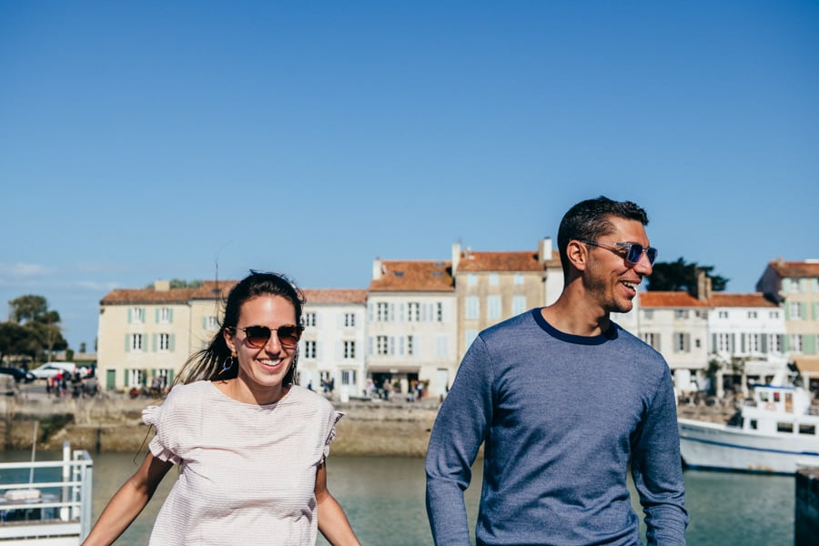 Love session on the French Island MELANIE-ET-ALEXANDRE-ENGAGEMENT-45