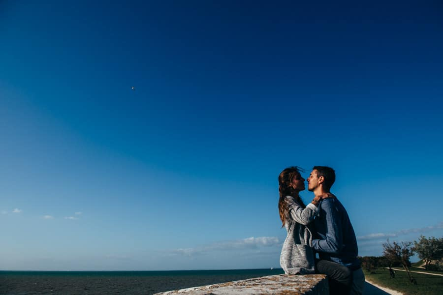 Love session on the French Island MELANIE-ET-ALEXANDRE-ENGAGEMENT-65