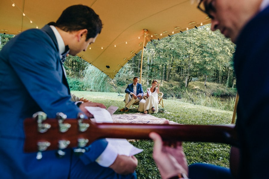 A natural and country wedding in manor in France mariage-manoir-de-la-mare-rennes-bretagne-37
