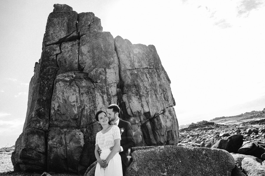 Private wedding on French coast mariage-plougrescant-bretagne-photographe-leludec-62