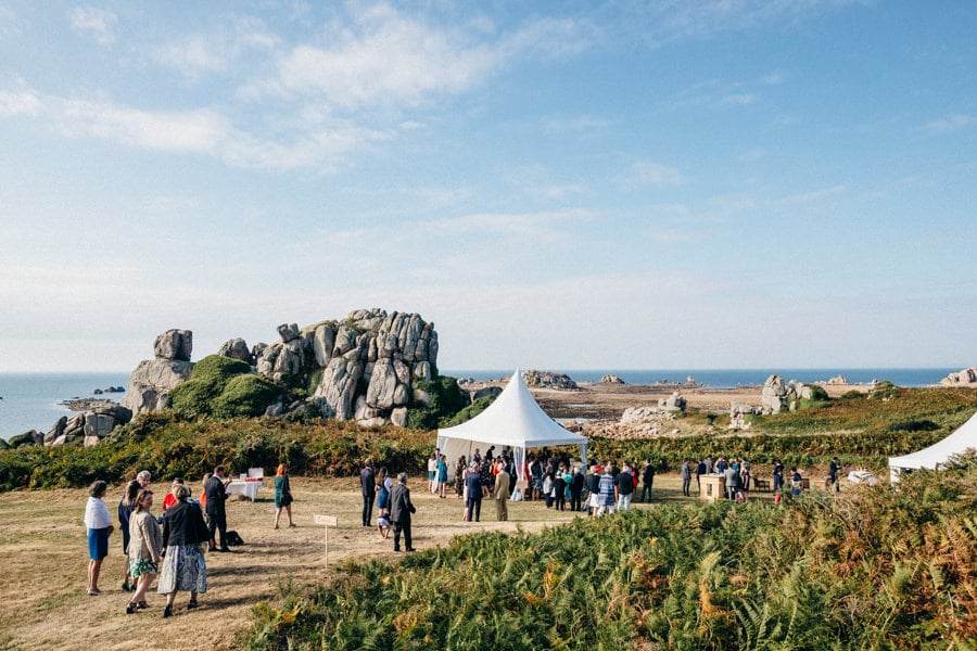 Private wedding on French coast mariage-plougrescant-bretagne-photographe-leludec-74