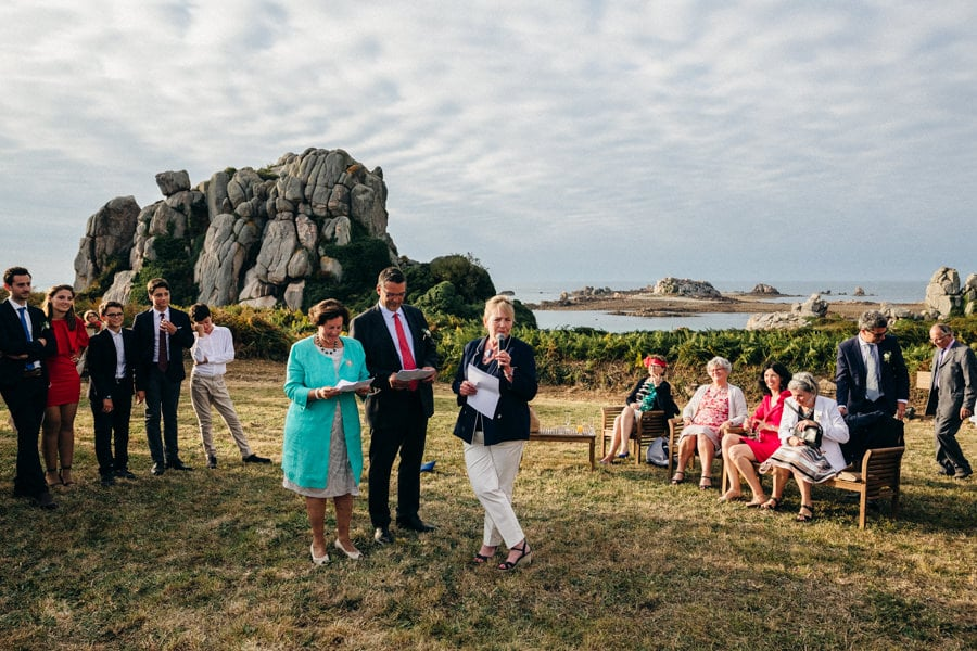 Private wedding on French coast mariage-plougrescant-bretagne-photographe-leludec-92